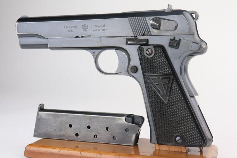 Rare, Early Polish Eagle Radom VIS Model 35 - 1936 Mfg