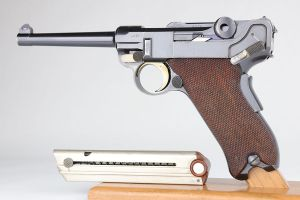 Swiss DWM Model 1900 Luger - Early 3 Digit Serial, Unrelieved Frame