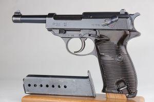 1942 Walther P.38 - Matching Magazine