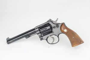 Excellent Smith & Wesson K-22 Revolver