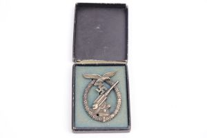 Luftwaffe Flak Badge with Original Box