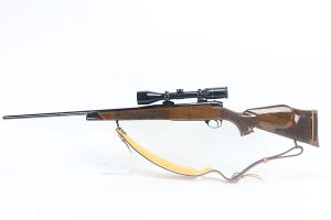 Mint Weatherby Laser Mark V Rifle