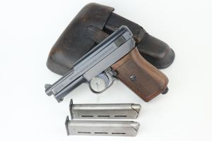 Excellent Police Mauser M1914 Rig - Two Matching Magazines
