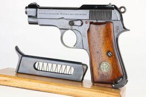 Rare Beretta Model 1931 - Italian Navy