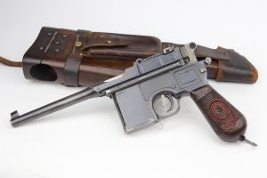 Mauser C96 Rig - Red 9