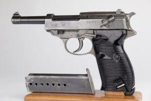 Dual-Tone Mauser P.38 - BYF 44
