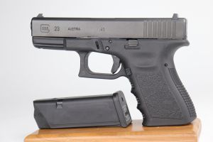 Glock 23 Semi Auto Pistol - .40 S&W