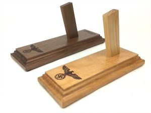 PPK Party Leader / SS Pistol Display Stand